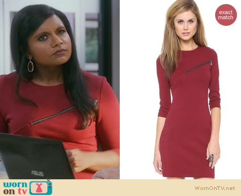 The Mindy Project Fashion: Alexander McQueen Jersey Zip Dress worn by Mindy Kaling