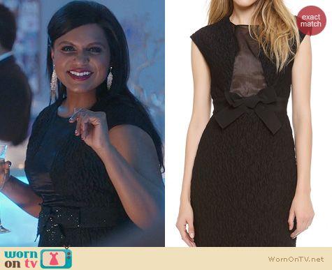 The Mindy Project Fashion: Giambattista Valli Black Sleeveless Dress worn by Mindy Kaling