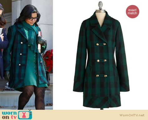 Mindy Project Fashion: Tulle plaid coat worn by Mindy Kaling