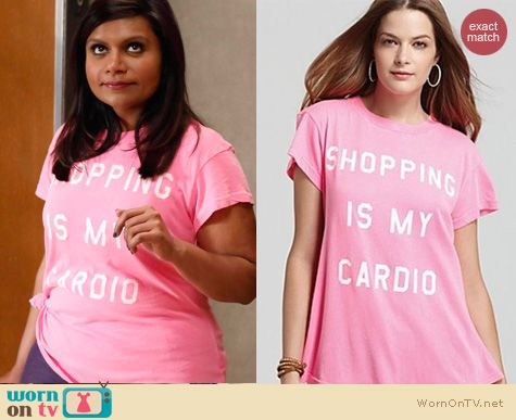The Mindy Project Fashion: Wildfox 'Shopping is my cardio' tee in pink worn by Mindy Kaling