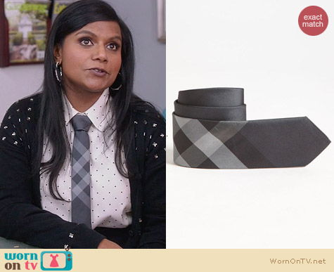 The Mindy Project Style: Burberry Silk Big boys Check Tie worn by Mindy Kaling