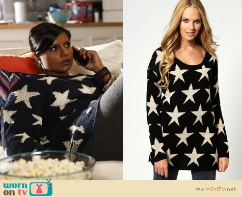 Mindy Project Fashion: Wildfox star sweater worn by Mindy Kaling