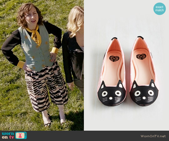 ModCloth Up Your Alley Cat Flat in Pink Dots worn by Kristen Schaal on Last Man On Earth