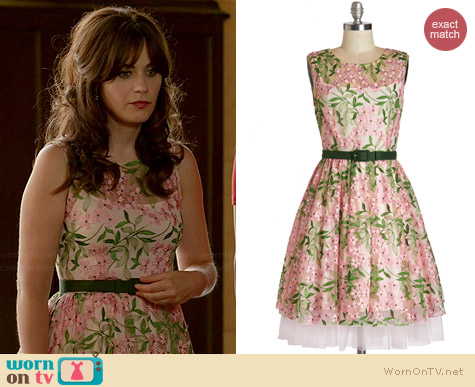 Wornontv jess s pink and green floral embroidered dress for Zooey deschanel wedding dress