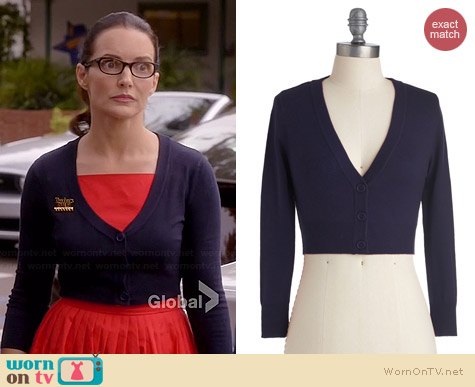 ModCloth The Dream of the Crop Cardigan in Navy worn by Kristin Davis on Bad Teacher