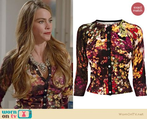 Modern Family Fashion: Karen Millen Blossom Cardigan worn by Sofia Vergara