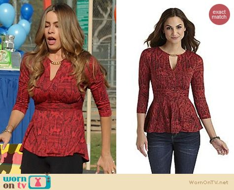 Modern Family Fashion Sofia Vergara Red Chain Top