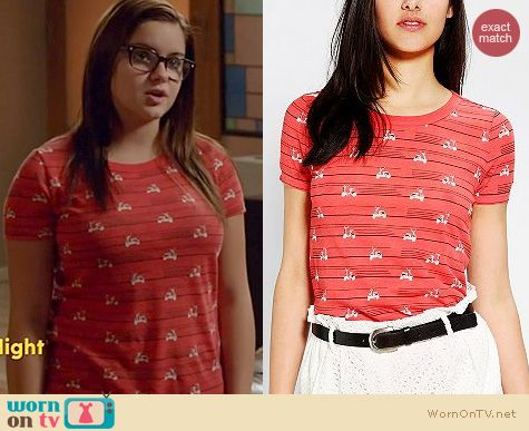 Modern Family Fashion: Urban Outfitters BDG Graphic Print Tee worn by Ariel Winter