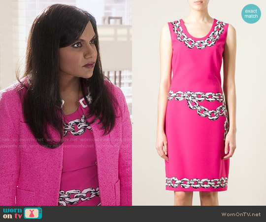 Moschino Chain Print Dress worn by Mindy Kaling on The Mindy Project