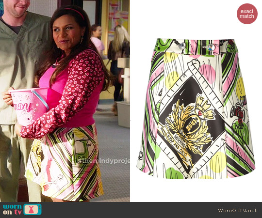 Moschino Cheap & Chic Printed Skirt worn by Mindy Kaling on The Mindy Project
