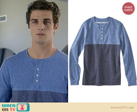 Mossimo Del Rio Blue Long Sleeve Henley Tee worn by Beau Mirchoff on Awkward