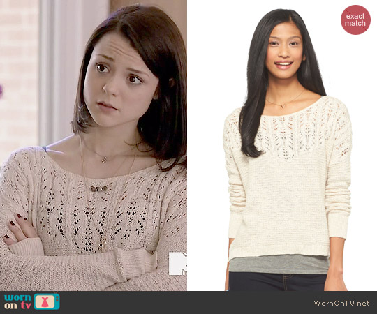 Mossimo Supply Co Long Sleeve Pointelle Sweater in Oatmeal worn by Kathryn Prescott on Finding Carter