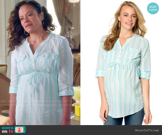 Motherhood Convertible Sleeve Tie Front Maternity Tunic worn by Judy Reyes on Devious Maids