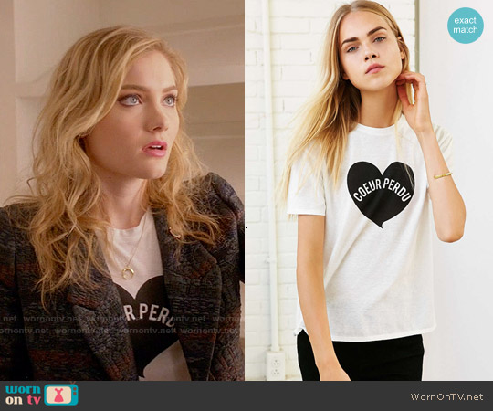 Mouchette Lost Heart Tee worn by Skyler Samuels on Scream Queens