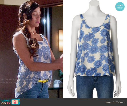 Mudd Chiffon Tank worn by Dania Ramirez on Devious Maids