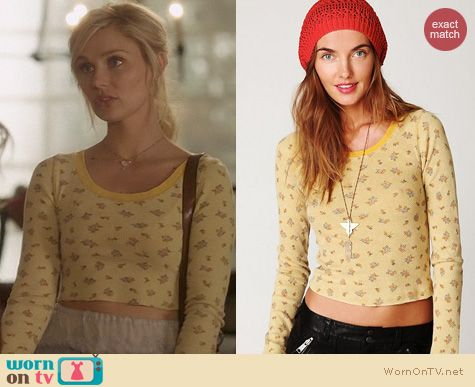 Nashville Fashion: Free People Floral Baby Tee worn by Clare Bowen