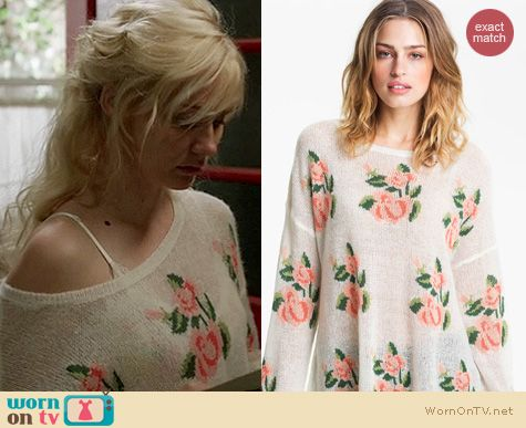 Nashville Fashion: Wildfox rose slouchy sweater worn by Clare Bowen