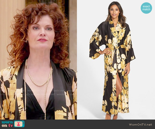 Natori 'Irina' Flower Print Charmeuse Robe worn by Rebecca Wisocky on Devious Maids