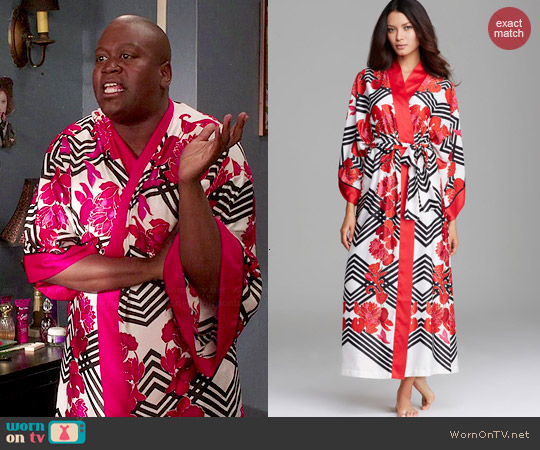 Natori Picadilly Robe worn by Tituss Burgess on Unbreakable Kimmy Schmidt