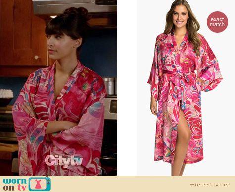 New Girl Fashion: Natori Kubilai robe worn by Hannah Simone