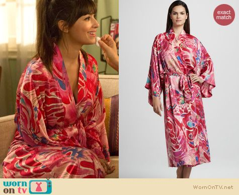 New Girl Fashion: Natori Kublai robe worn by Hannah Simone