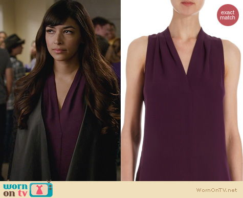 New Girl Fashion: Theory Hylin blouse worn by Hannah Simone