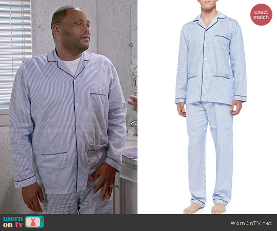 Neiman Marcus Striped Pajama Set worn by Anthony Anderson on Blackish