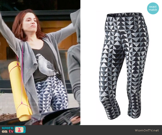 Nike Legend Diamond Capris worn by Jo on GG2D