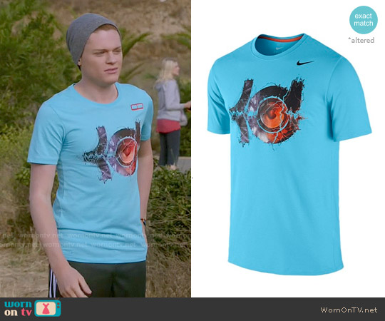 Nike Speaker Logo T-shirt worn by Sean Berdy on Switched at Birth