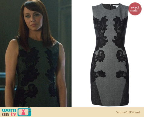 Fashion of Nikita: Diane von Furstenberg Pentra Dress worn by Melinda Clarke