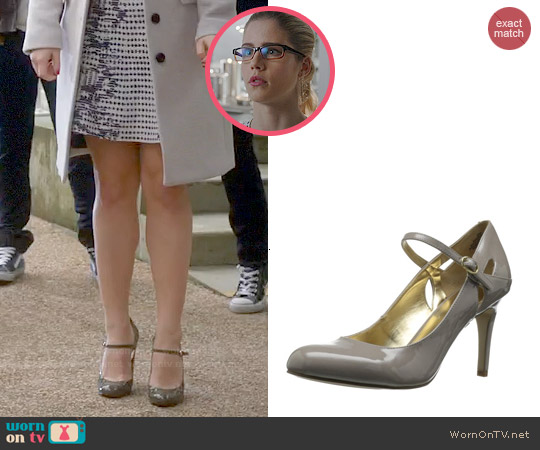 Nine West Erinne Mary Janes worn by Felicity Smoak on The Flash