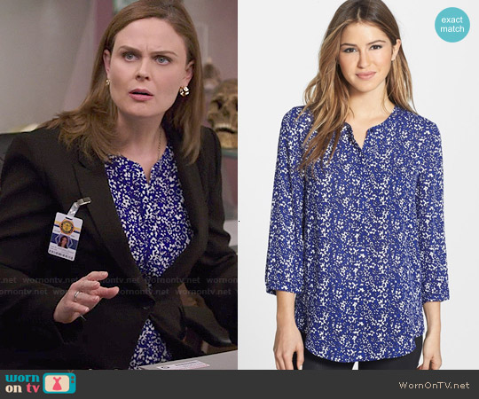 NYDJ Henley Blouse in Bloomfield worn by Emily Deschanel on Bones