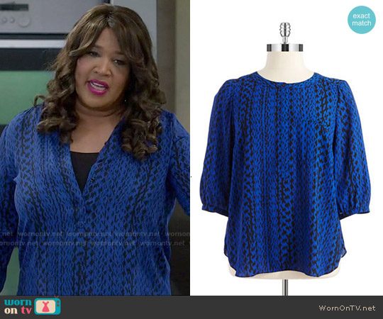 NYDJ Patterned Blouse worn by Kym Whitley on Young & Hungry