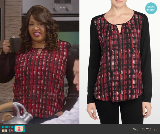 NYDJ Punk Plaid Mixed Media Top worn by Kym Whitley on Young & Hungry