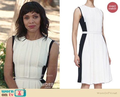 O'2nd Colorblock Pleated Sleeveless Dress worn by Tamara Taylor on Bones