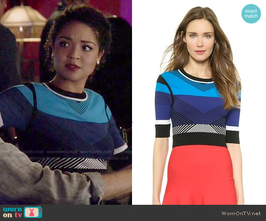 Ohne Titel Chevron Crop Pullover worn by Aisha Dee on Chasing Life