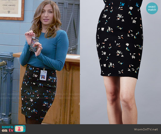 Opening Ceremony Petals Tubular Skirt worn by Chelsea Peretti on Brooklyn Nine-Nine