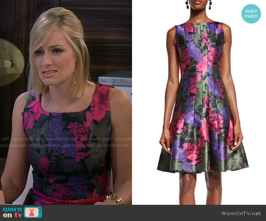 Oscar de la Renta Seamed Fit-&-Flare Dress worn by Beth Behrs on 2 Broke Girls