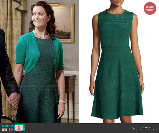 Oscar de la Renta Textured Fit-and-Flare Sleeveless Dress worn by Bellamy Young on Scandal