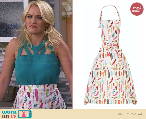 Paper Source Feathers & Arrows Apron worn by Emily Osment on Young & Hungry