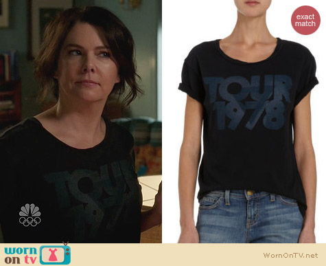 Fashion of Parenthood: Current/Elliott Tour 1978 Tee worn by Lauren Graham
