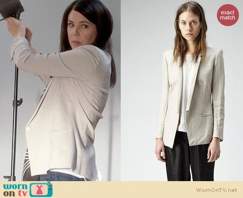 Parenthood Fashion: Helmut Lang Linen Blazer worn by Lauren Graham