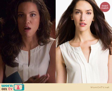 Parenthood Fashion: Kate Spade Addie Blouse worn by Jurnee Smollett