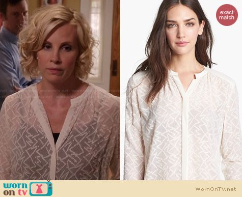 Parenthood Fashion: Rebecca Taylor Clip dot Blouse worn by Monica Potter