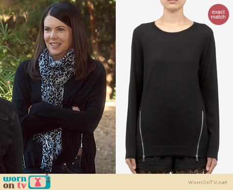 Parenthood Fashion: Sandro Secret Zip Sweater worn by Lauren Graham