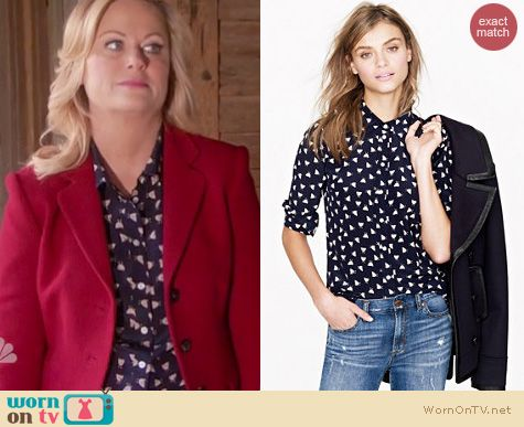 Parks and Rec Fashion: J. Crew French Hen printed boy shirt worn by Amy Poehler