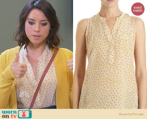 Parks and Rec Fashion: Madison Macrus Polka Dot Top worn by Aubrey Plaza