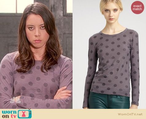 Parks and Rec Fashion: Marc by Marc Jacobs Clara dot tee worn by Aubrey Plaza