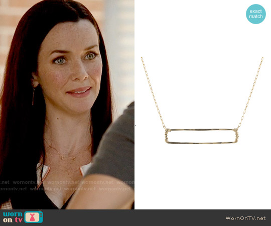 Peggy Li Open Rectangle Necklace worn by Annie Wersching on The Vampire Diaries