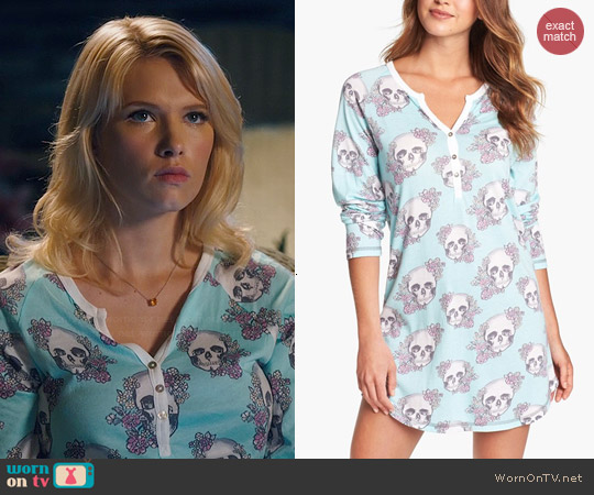 PJ Salvage Floral Skully Sleep Shirt worn by Claudia Lee on Hart of Dixie